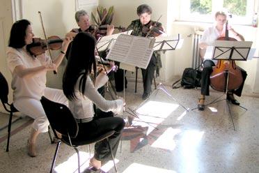 …zenekar csodás muzsikája járta be az épület minden zugát (Fotó: Képessy Bence)